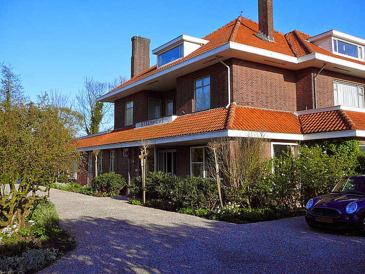 photo 2 Spacious characteristic country house near the coast, The Netherlands