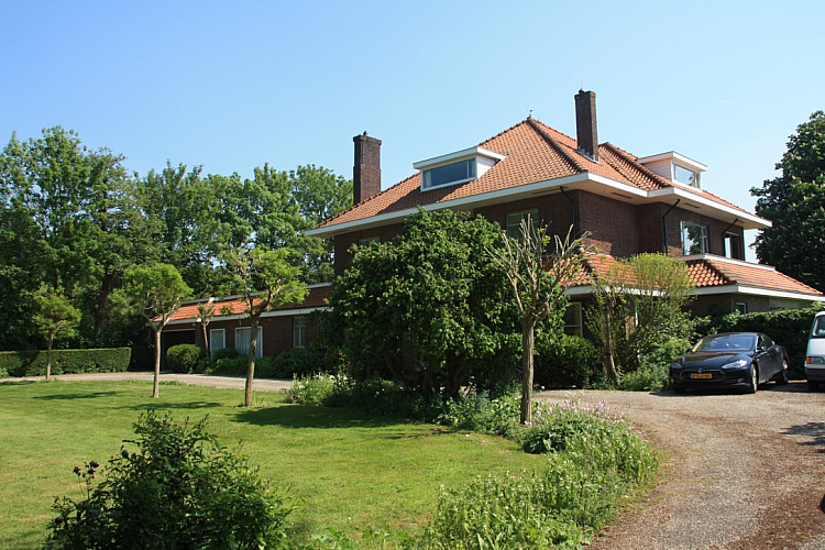 photo 23 Spacious characteristic country house near the coast, The Netherlands