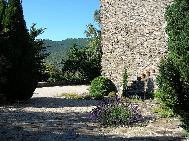 photo 4 Stylish historic family home near Villefort, Cévennes
