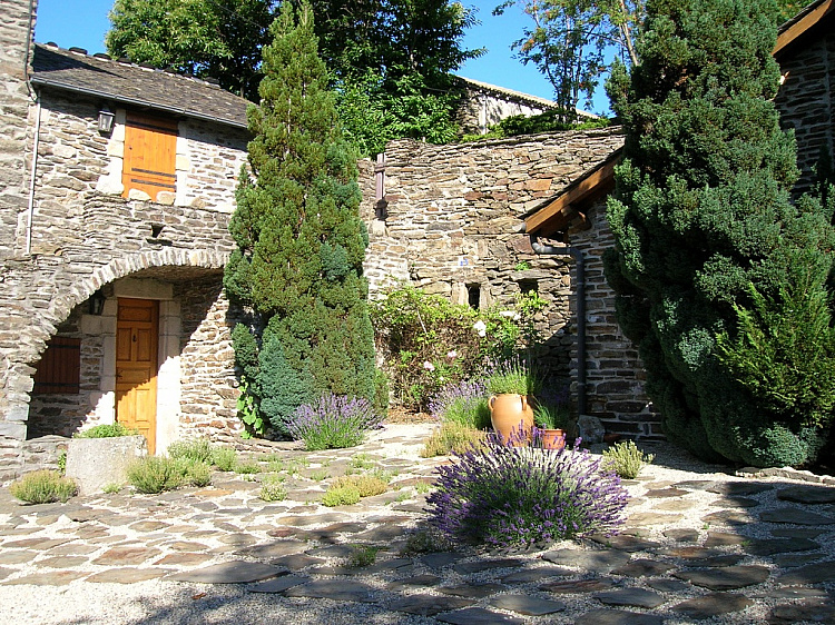 photo 9 Stylish historic family home near Villefort, Cévennes