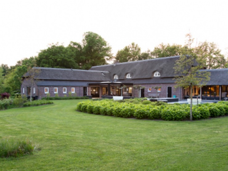 Extraordinary luxury farmhouse for sale