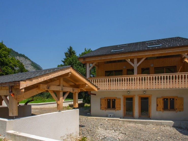 Chalet 6 bedrooms in Portes du Soleil area near Morzine